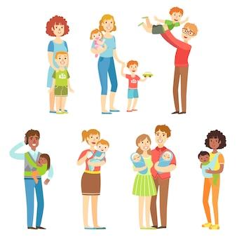 Familles heureuses avec de jeunes enfants