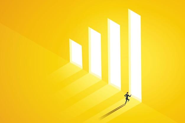 Une femme d'affaires choisit de courir à la porte du graphique lumineux en réalisant des profits élevés