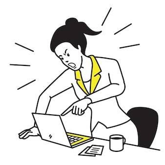 Femme d'affaires frustrée et furieuse crier et crier écran portable sur son bureau de travail.