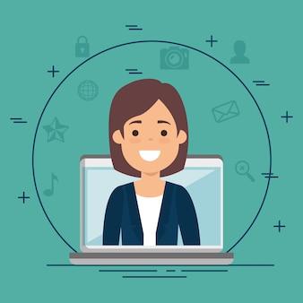 Femme d'affaires avec des icônes de l'entreprise