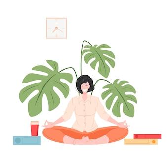 Femme assise et méditant au design plat