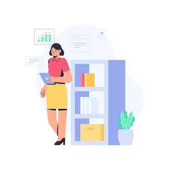 Femme de bureau debout et examen des données