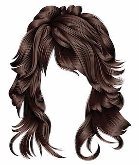 Femme cheveux longs couleurs brunes.