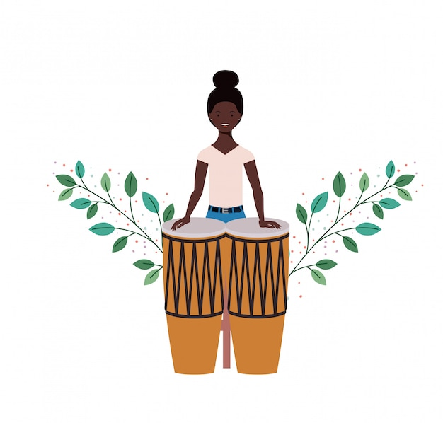 Femme, congas, branches, feuilles