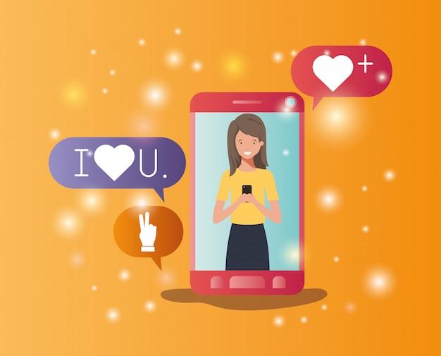 Femme dans un smartphone avec bulles de médias sociaux