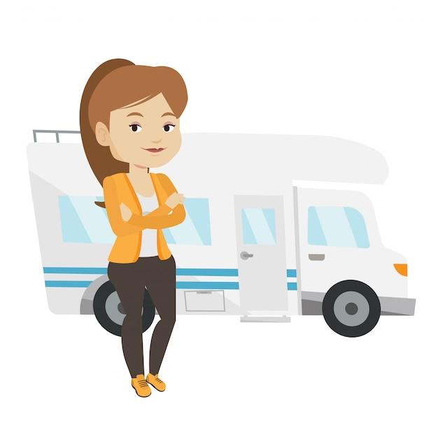 Femme, debout, devant, camping-car.