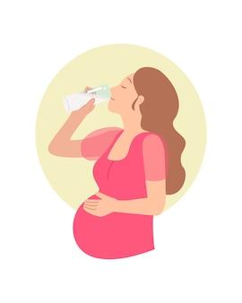 Femme enceinte, boire, a, verre lait