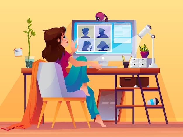 Femme faisant le chat en ligne d'appel vidéo de conférence