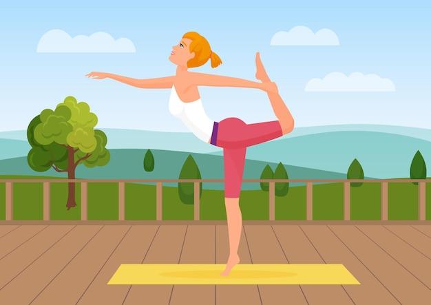 Femme faisant du yoga pose au paysage naturel