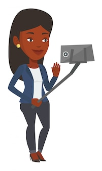 Femme faisant selfie.