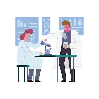 Femme et homme scientifique avec microscope