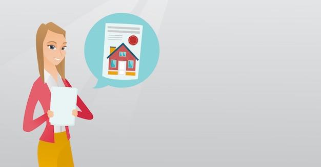 Femme lisant une annonce immobilière.