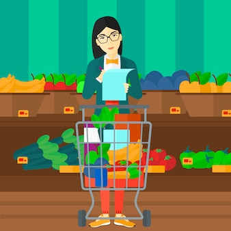 Femme avec liste de courses