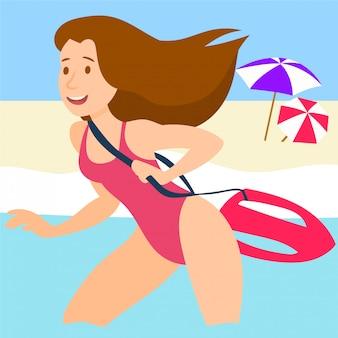 Femme maître nageur courant dans l'eau