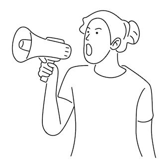 Femme avec mégaphone hurlant