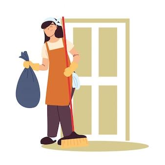 Femme de ménage faisant des travaux de ménage
