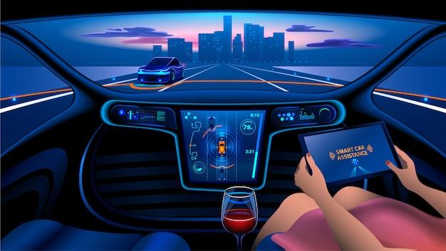 Une femme monte une voiture autonome dans la ville sur l'autoroute. l'écran affiche des informations