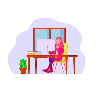 Femme musulmane travailleuse à distance