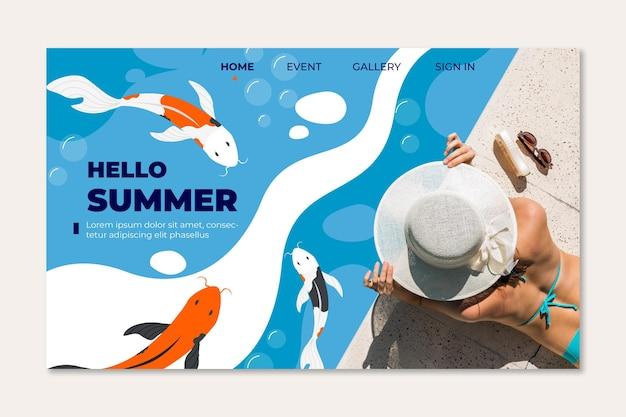 Femme à la page d'atterrissage d'été de la piscine