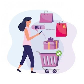 Femme avec panier d'achat et smartphone e-commerce