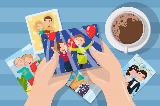 Femme à la recherche de photos sur une tasse de café, les mains avec des photos de famille élément d'illustration et web
