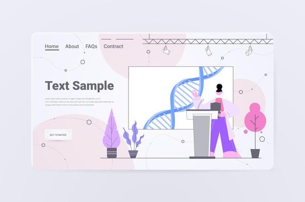 Femme scientifique prononçant un discours de la tribune test adn concept de conférence médicale de génie génétique
