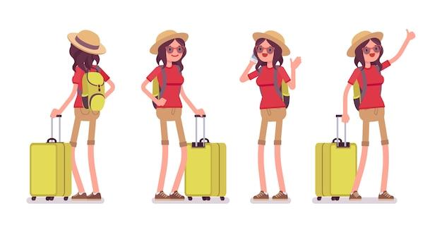 Femme touristique avec bagages
