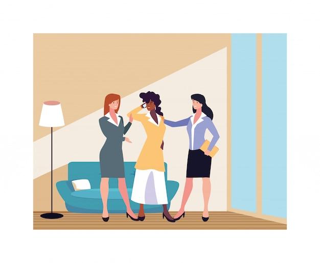 Femmes d'affaires dans le salon avec des poses différentes