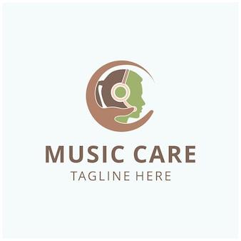 Les femmes de soins des mains abstraites d'illustration entendent la musique avec la silhouette de vecteur de conception de logo de signe de casque
