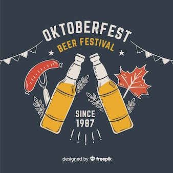 Fête de la bière oktoberfest dessiné à la main avec des bouteilles