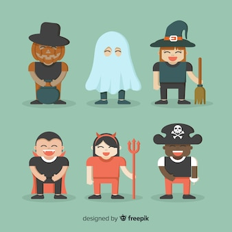 Fête d'halloween avec costumes d'enfants