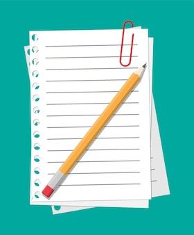Feuilles de papier vides suspendues avec un trombone et un crayon en bois.