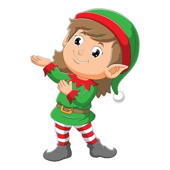 La fille elfe fait un geste d'illustration