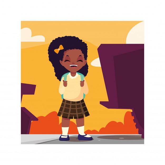 Fille étudiante avec valise scolaire, retour à l'école
