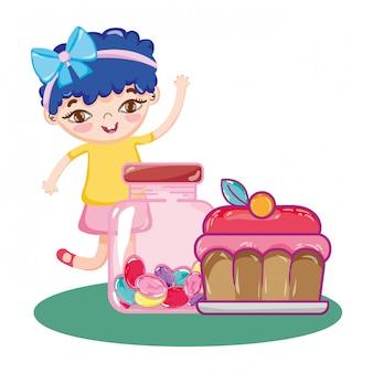 Fille avec gâteau et bonbons sucrés à l'intérieur de la bouteille
