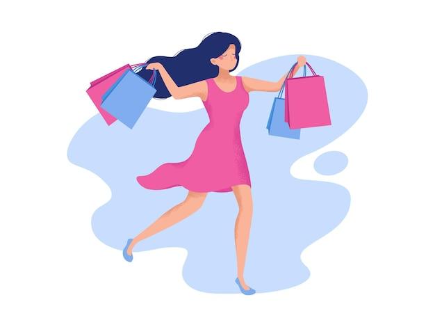 Une fille en robe rose court avec des colis du magasin