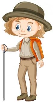 Fille en tenue de randonnée