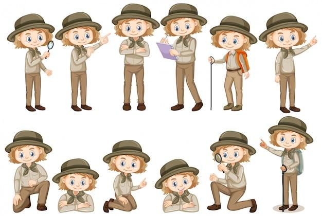 Fille en tenue de safari faisant différentes choses