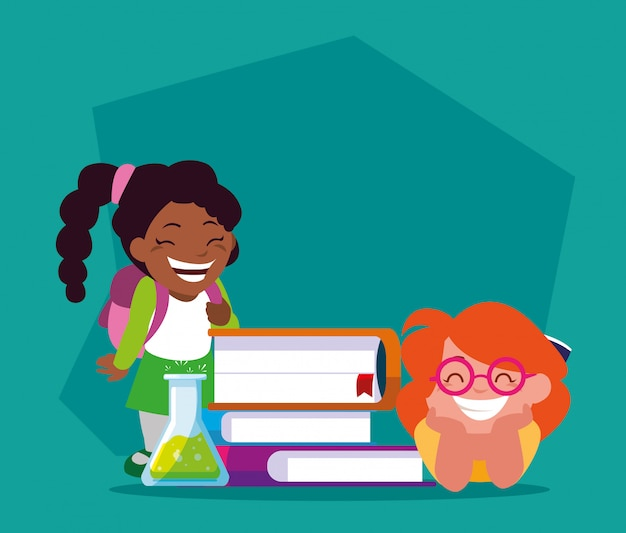 Des filles étudiantes avec des fournitures scolaires, de retour à l'école
