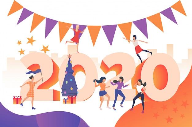 Filles se réjouissant de la fête du nouvel an 2020