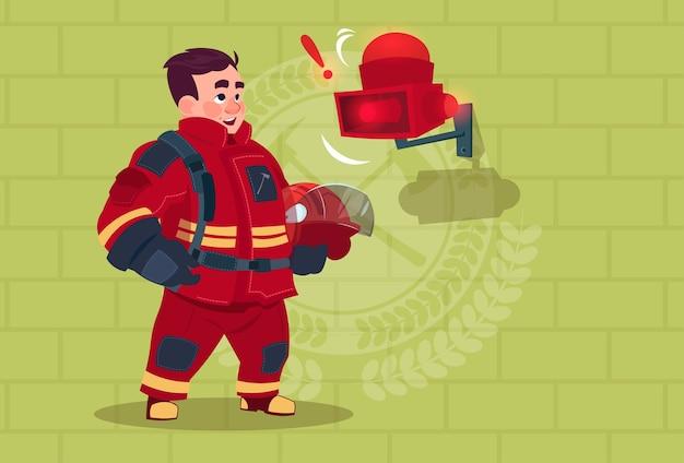 Fireman hear alarme uniforme