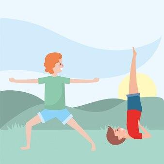 Fit couple pratiquant le yoga