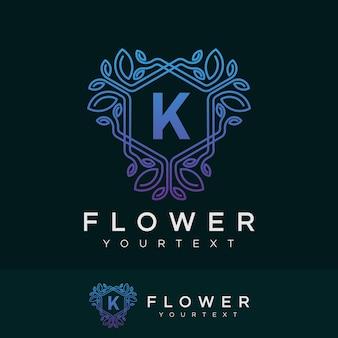 Fleur initiale lettre k logo design