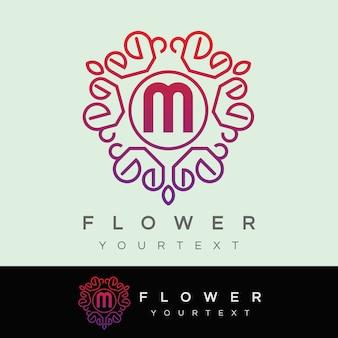 Fleur initiale lettre m création de logo