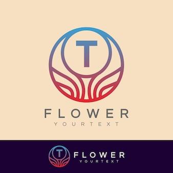 Fleur initiale lettre t logo design