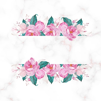 Fleur rose avec espace copie sur marbre.
