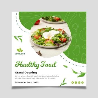Flyer carré de nourriture bio et saine
