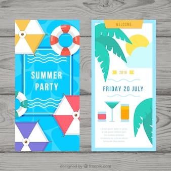 Flyer fête d'été avec des éléments de la plage