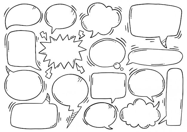 Fond dessiné à la main ensemble de bulle de dialogue mignon dans un style doodle