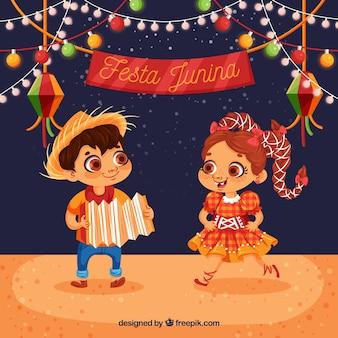 Fond de festa junina avec des enfants heureux dansant